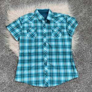 Kuhl short sleeve snap shirt plaid large
